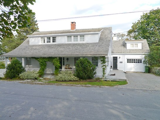 18 Queen Street, Chester, NS - CAN (photo 1)