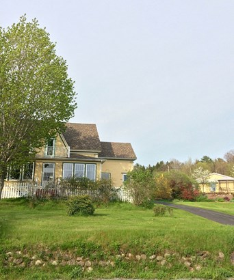 5608 Highway 332, Middle Lahave, NS - CAN (photo 1)