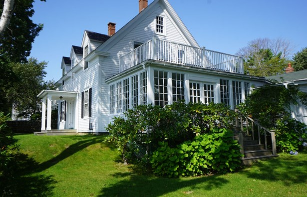 3 King Street, Chester, NS - CAN (photo 1)