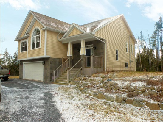 67 Teakwood Drive, Head Of St Margarets Bay, NS - CAN (photo 2)