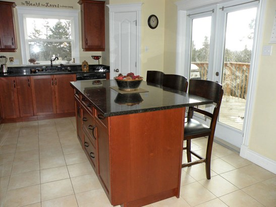 67 Teakwood Drive, Head Of St Margarets Bay, NS - CAN (photo 4)