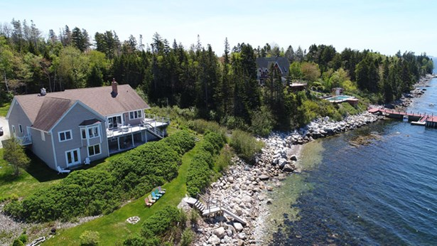 167 Boutiliers Point Road, Boutiliers Point, NS - CAN (photo 1)