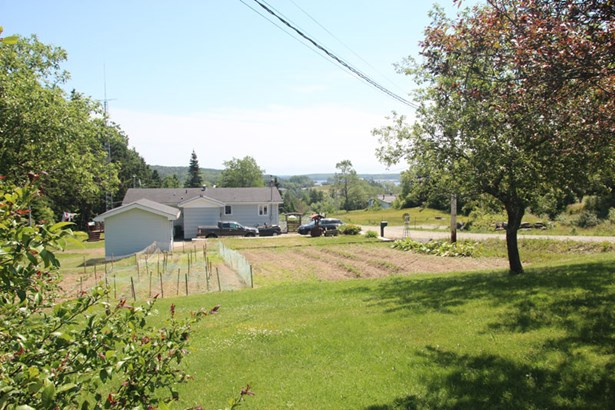 12 & 24 Garden View Drive, Sheet Harbour, NS - CAN (photo 2)