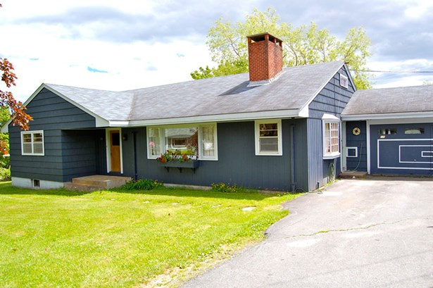 139 Broad Street, Lunenburg, NS - CAN (photo 1)