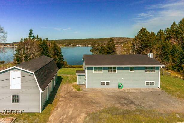 16 Surfview Drive, Boutilier's Point, NS - CAN (photo 1)