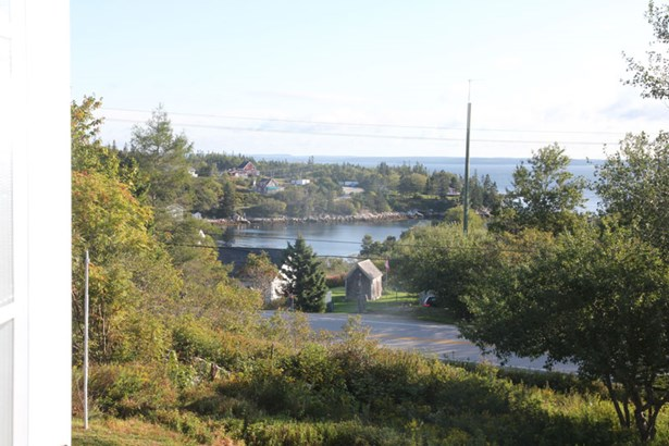 2714 Highway 329, Northwest Cove, NS - CAN (photo 5)