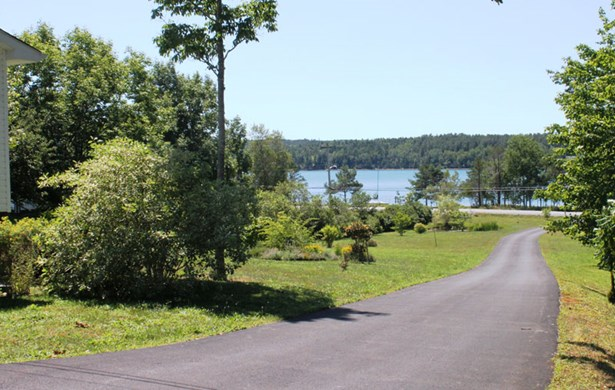 5236 Highway 332, Middle Lahave, NS - CAN (photo 2)