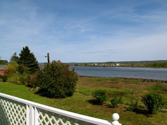 5378 & 5374 Granville Road, Granville Ferry, NS - CAN (photo 3)
