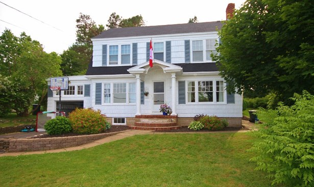 179 King Street, Digby, NS - CAN (photo 1)