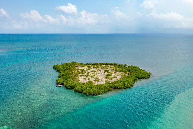 Goring20Bogue20Caye20Belize20Private20Island20001-tinified.jpg