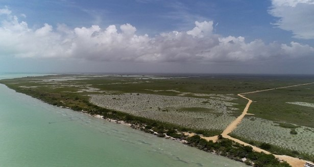 South Of Where The Yucatan Peninsula Greets The Ca, Corozal - BLZ (photo 2)