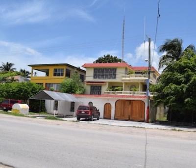 7th Avenue, Corozal Town - BLZ (photo 2)