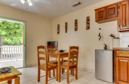 Suite 201, San Pedro, Ambergris Caye - BLZ (photo 2)