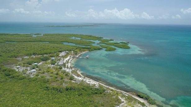 Water-Caye-Private-Island-For-Sale-Vista-Real-Estate-Belize-001.jpg