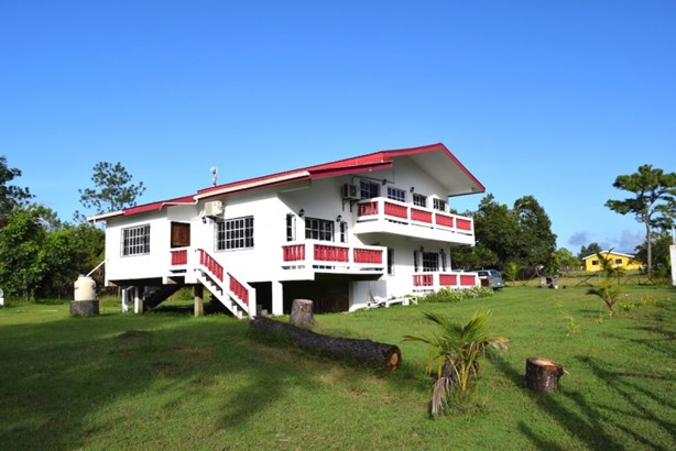 Off Bermudian Landing's Thoroughfare, Bermudian Landing - BLZ (photo 1)