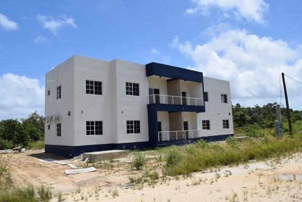 Saunders Manor, Los Lagos, Ladyville - BLZ (photo 1)