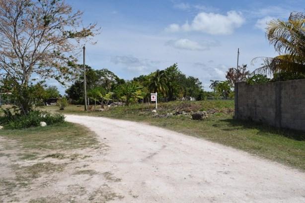 Chula Vista, Corozal Town - BLZ (photo 2)