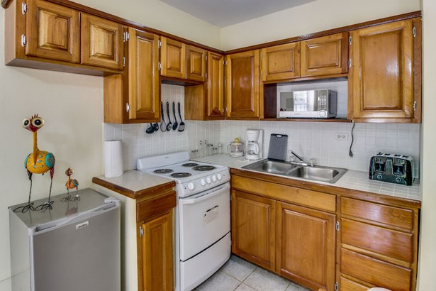 Suite 103, San Pedro, Ambergris Caye - BLZ (photo 4)