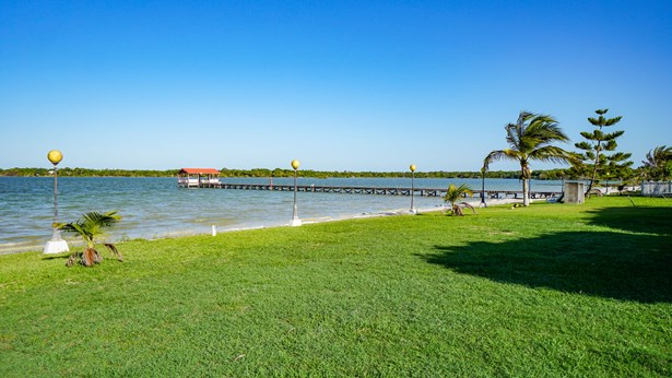 2720Acre20Private20Waterfront20Estate20on20Honey20Camp20Lagoon20001.jpg