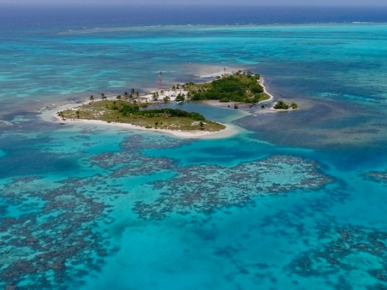 Sandbore Caye, Lighthouse Reef Atoll - BLZ (photo 1)