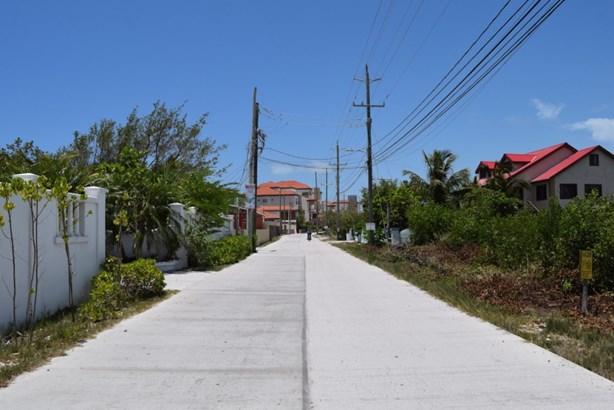 2.5 Miles North Of San Pedro Town, Ambergris Caye - BLZ (photo 5)