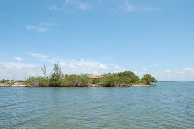 Turtle Crescent (east), Vista Del Mar-ladyville - BLZ (photo 2)