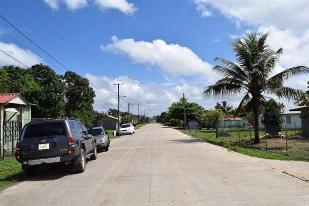 St. John's Street, Belmopan - BLZ (photo 2)