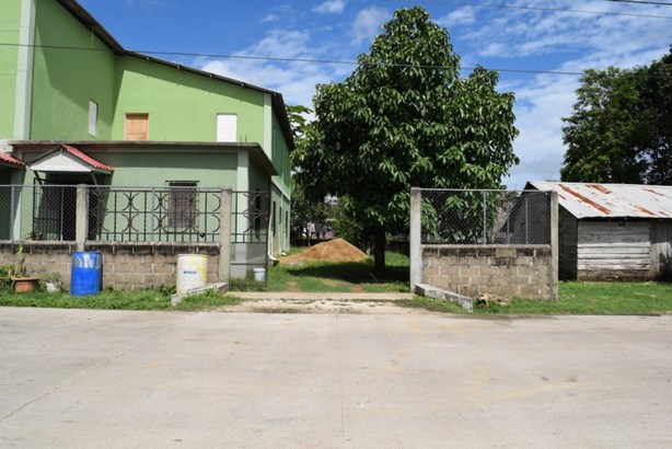 St. John's Street, Belmopan - BLZ (photo 4)