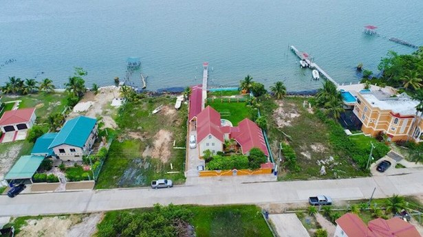 1932 Driftwood Bay, Belize City - BLZ (photo 3)