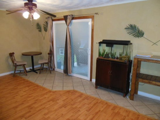 Single Family Detached, Split-foyer - Hardy, VA (photo 4)