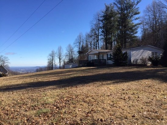 Single Family Detached, Ranch - Copper Hill, VA (photo 1)