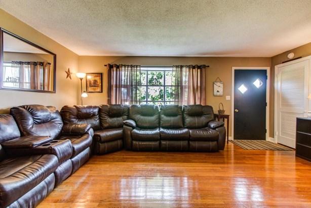 Single Family Detached, Ranch - Thaxton, VA (photo 4)