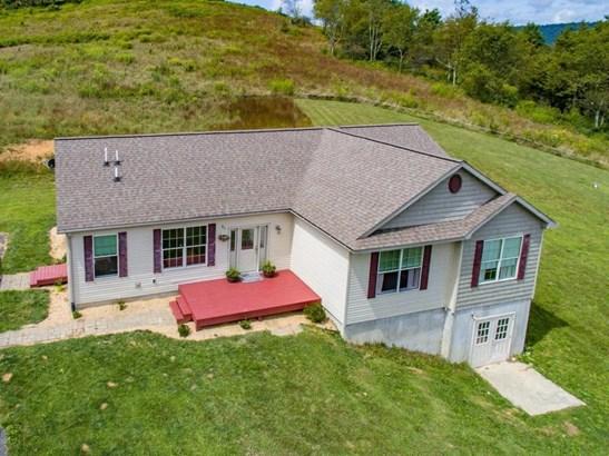 Single Family Detached, Ranch - New Castle, VA (photo 3)