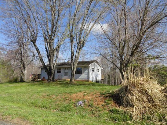 Single Family Detached, Ranch - Boones Mill, VA (photo 2)