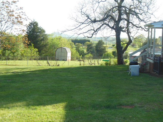 Single Family Detached, Ranch - Wirtz, VA (photo 3)