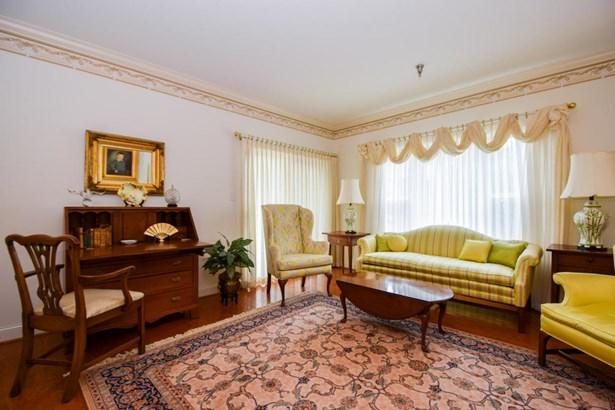 Condominium, Single Family Attached - Roanoke, VA (photo 4)