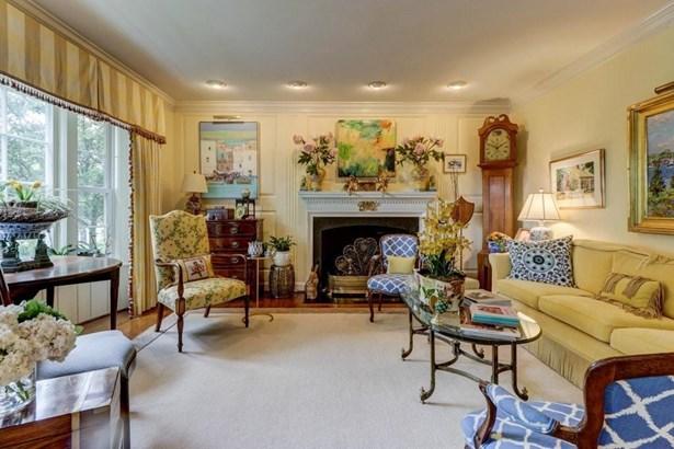 Single Family Detached, Colonial - Roanoke, VA (photo 5)
