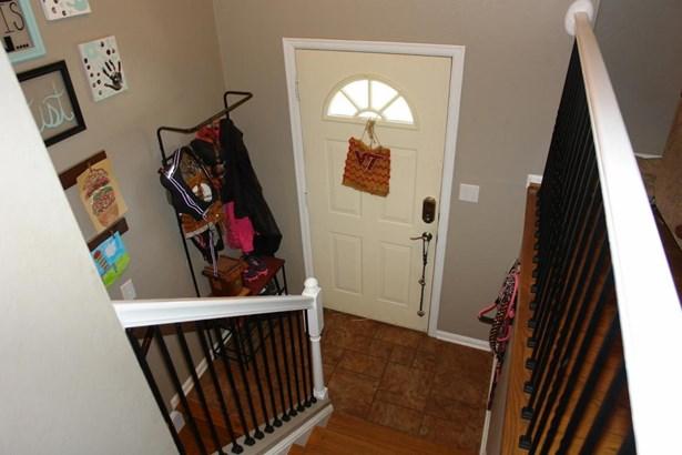 Single Family Detached, Split-foyer - Troutville, VA (photo 4)