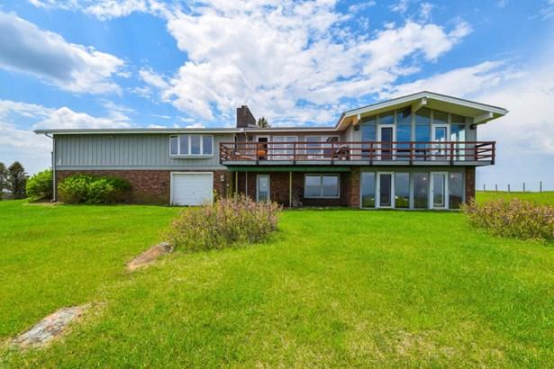 Single Family Detached, Ranch - Floyd, VA (photo 3)