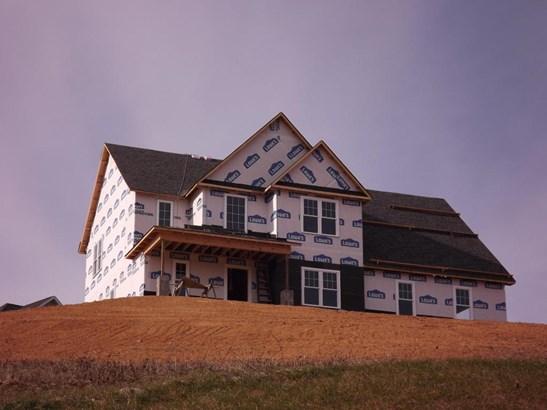 Single Family Detached, 2 Story - Fincastle, VA (photo 1)