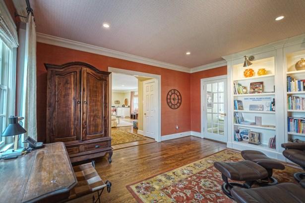 Tudor, Single Family Detached - Roanoke, VA (photo 4)