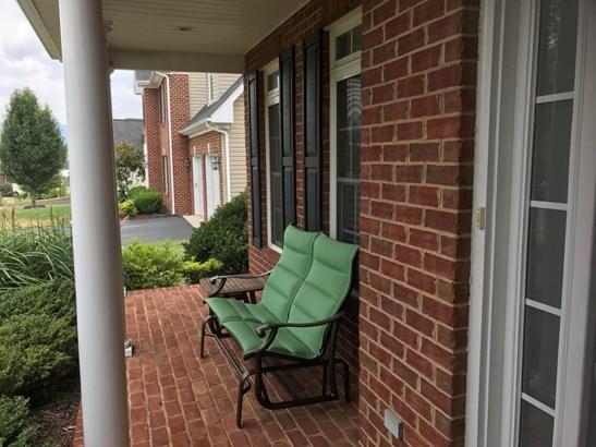 Single Family Detached, 2 Story - Salem, VA (photo 2)