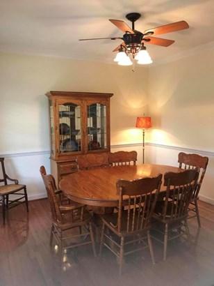 Single Family Detached, 2 Story - Salem, VA (photo 3)