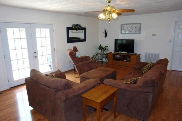 Single Family Detached, Split-foyer - Blue Ridge, VA (photo 5)