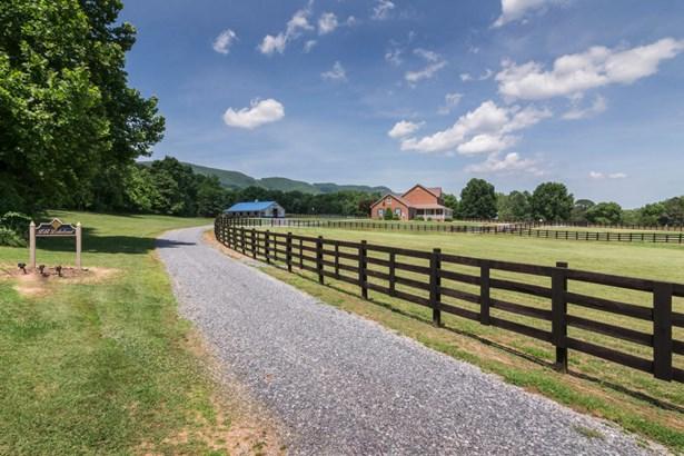 Single Family Detached, Colonial - Blue Ridge, VA (photo 2)