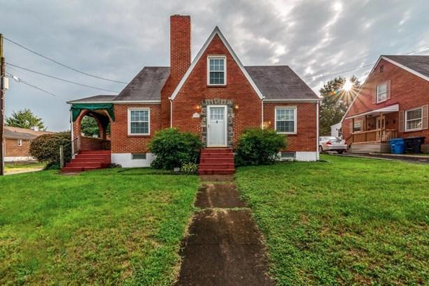 Tudor, Single Family Detached - Roanoke, VA (photo 1)
