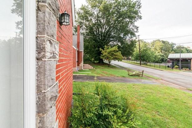 Tudor, Single Family Detached - Roanoke, VA (photo 2)