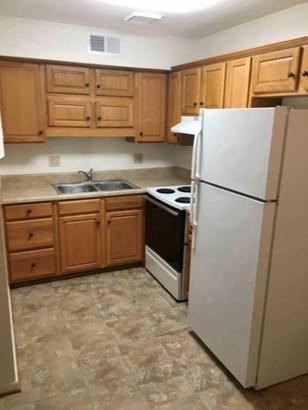 Apartment - Roanoke, VA (photo 4)