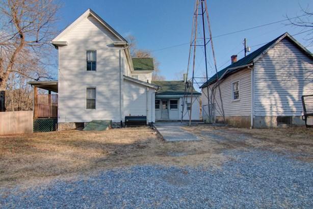 Single Family Detached, 2 Story - Troutville, VA (photo 4)