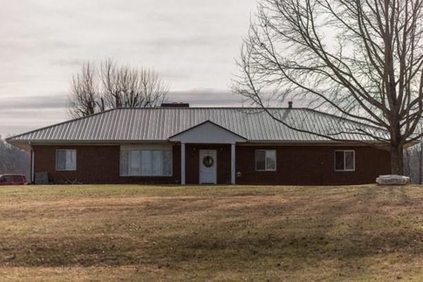 Single Family Detached, Ranch - Fincastle, VA (photo 1)